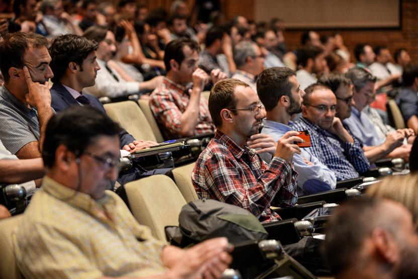 El desafío de los drones y la seguridad, a debate en el simposio de Expodrónica 2017